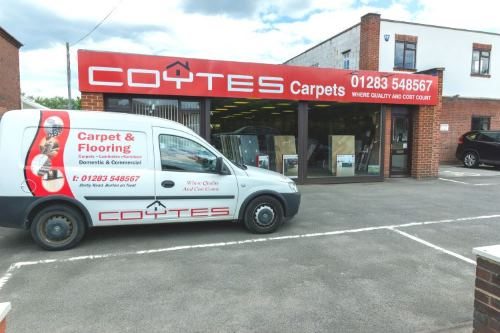 External View of Coytes Carpet, Blinds, Curtains, Luxury Vinyl and Laminate Flooring Showroom in Burton on Trent near Swadlincote.jpg